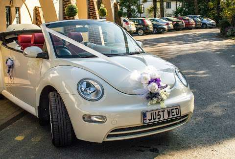 LuckyDream VW Beetle Wedding Car Hire Surrey